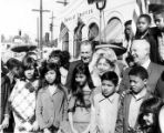 Sam Yorty and Consuelo de Bonzo with children at Sunset Boulevard closing