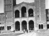 Royce Hall, U.C.L.A. campus, view 10