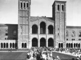 Royce Hall, U.C.L.A. campus, view 19