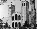 Students outside Royce Hall, U.C.L.A.