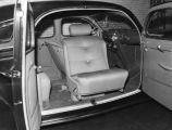 Automobile seats, view 2