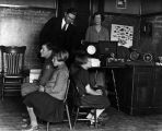 A phonograph demonstration in school