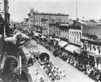 La Fiesta de las Flores parade on Broadway, 1903