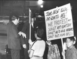 Jews picketing Soviet antisemitism