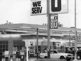 Rising gas prices at ARCO