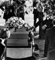 Robert Wagner with Natalie Wood's coffin