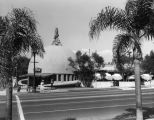 Wilshire Brown Derby exterior