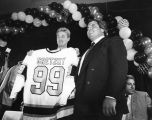 Gretzky comes to Los Angeles