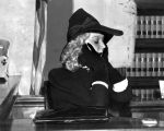 Mae Murray on witness stand