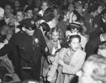 Adoring admirers at Shirley Temple wedding