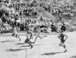 Eddie Tolan wins the 100 meters, 1932 Olympics