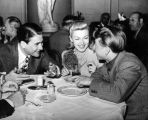 Mickey Rooney, Lana Turner, Artie Shaw trade stories