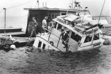 Boat crashes, 17 saved