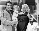 Jayne Mansfield, Mickey Hargitay, children back from Rome