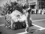 Corn stalk float, Santa Monica parade