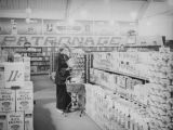 Ethel shopping at Hollywood Market