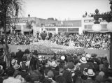 Hotel del Coronado float, 1938 Rose Parade