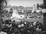 Pasadena Chamber of Commerce float, 1938 Rose Parade