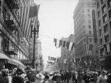 President Roosevelt visits Los Angeles, Broadway and Fifth