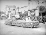 County Fair float at the 1939 Rose Parade