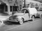Covered wagon in front of the Palms Springs Drug and Import Company