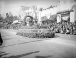 Pacific Rose Society float at the 1939 Rose Parade