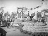 Market Basket float at the 1939 Rose Parade