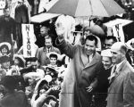 Thundering welcome for Nixon