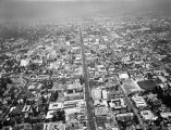 Hollywood Boulevard, Highland Avenue and the 101 Freeway, looking east