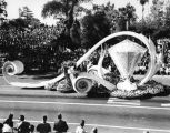 Long Beach's 'Diamond Jubilee' float wins parade sweepstakes prize
