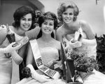 Sharon Lee Sigismonte, center, is the new Miss Simi Valley