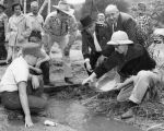Gold panning holds up ceremony