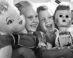 Live 'dolls' spruce up play dolls for contest
