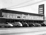 Dale's Food Mart, huge Pacoima store, one year old