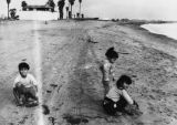 Children at Cabrillo Beach